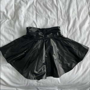 Missguided faux leather ruched shorts